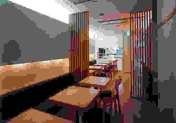 客席 オリジナルなレストラン の 堀内総合計画事務所 オリジナル