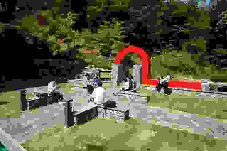 성공회대학교 소공원 2015: tohaus/떼오하우스의 미니멀리스트 ,미니멀