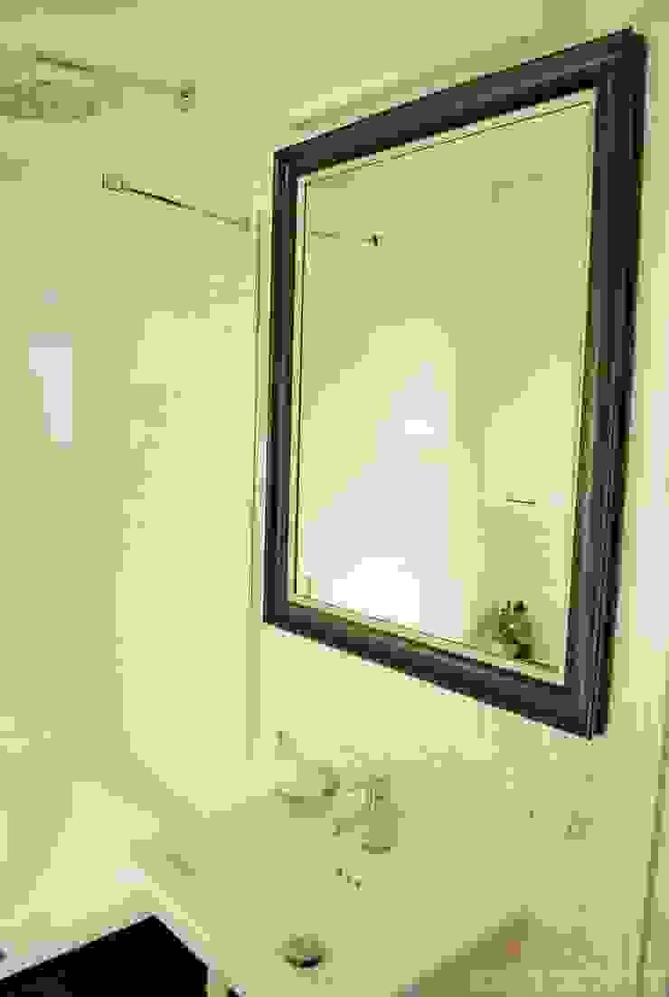 Ванная в классическом стиле от Limonki Studio Wojciech Siudowski Классический