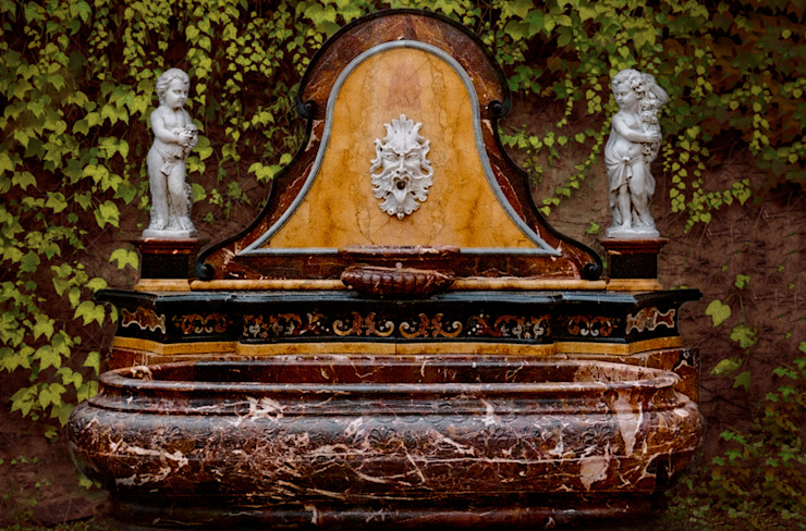 baroque fountain in red sicilian jasper van CusenzaMarmi Klassiek