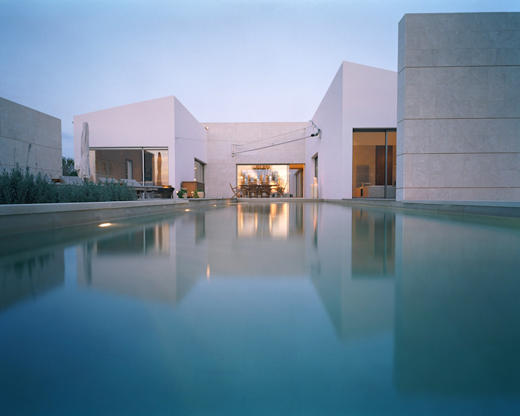 Finca Maria de la Salut Moderne Häuser von Serda Modern