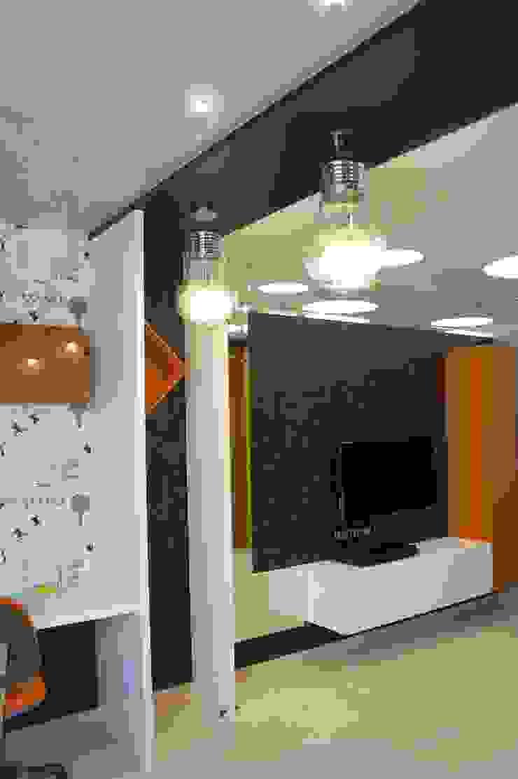 Квартира в Москве Детские комната в эклектичном стиле от Дизайн - студия Пейковых Эклектичный
