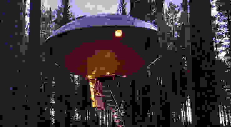 Hoteles de estilo  por TreeGo Boomhut Bouwers