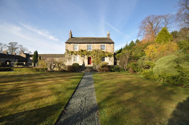 BIRCHENCLIFFE FARM Landelijke huizen van E2 Architecture + Interiors Landelijk