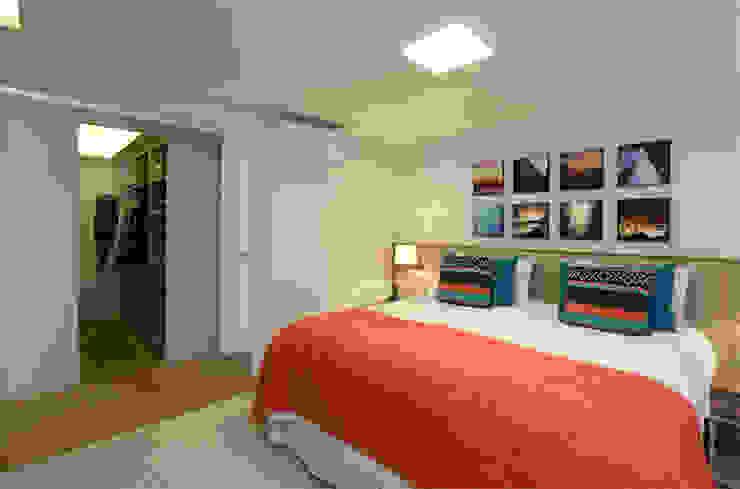 MANDRIL ARQUITETURA E INTERIORES Modern style bedroom