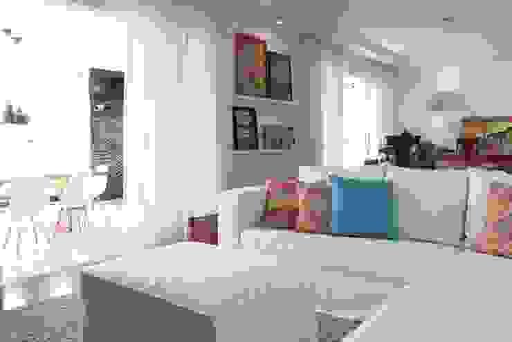 Ap Brooklin 03 Salas de estar modernas por Mariana Dias Arquitetura Moderno