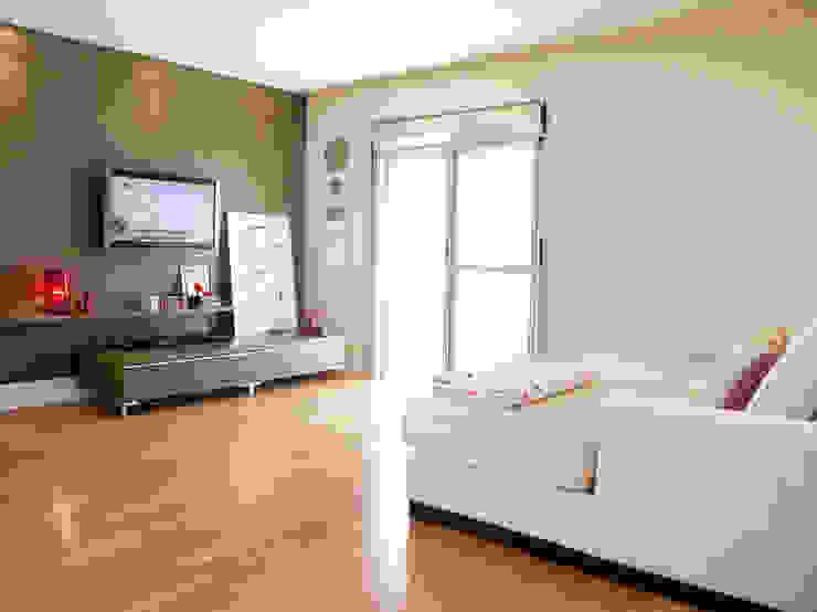 Apartamento Panamby Salas multimídia minimalistas por Mariana Dias Arquitetura Minimalista