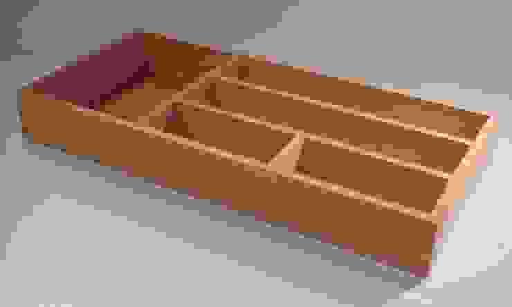 Pierre BIAU Bronzier d'Art KitchenCabinets & shelves