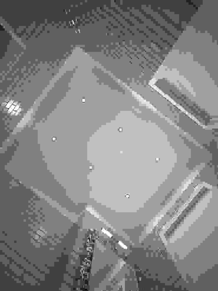 Шик 2 Стены и пол в классическом стиле от Дизайн студия Александра Скирды ВЕРСАЛЬПРОЕКТ Классический