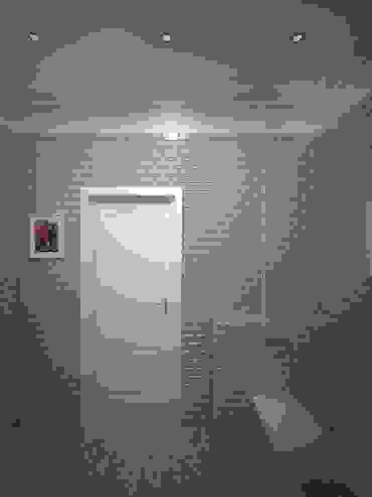 Шик 2 Ванная в классическом стиле от Дизайн студия Александра Скирды ВЕРСАЛЬПРОЕКТ Классический