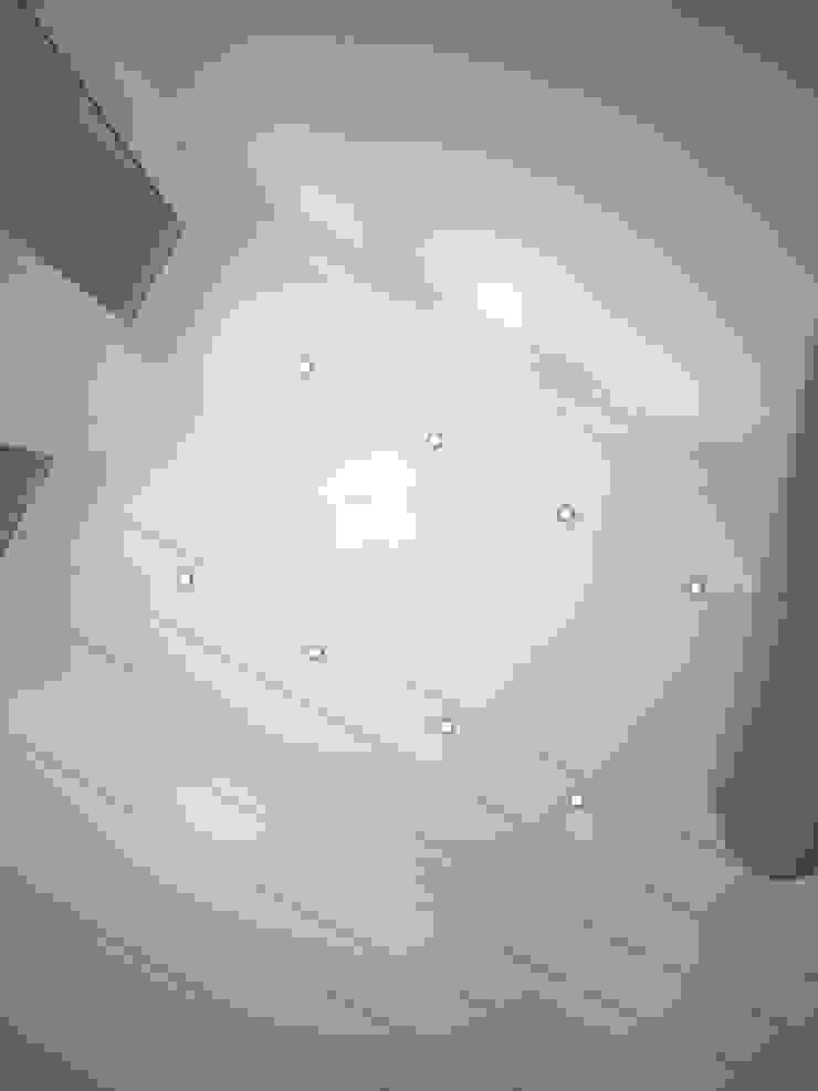Шик 2 Стены и пол в эклектичном стиле от Дизайн студия Александра Скирды ВЕРСАЛЬПРОЕКТ Эклектичный