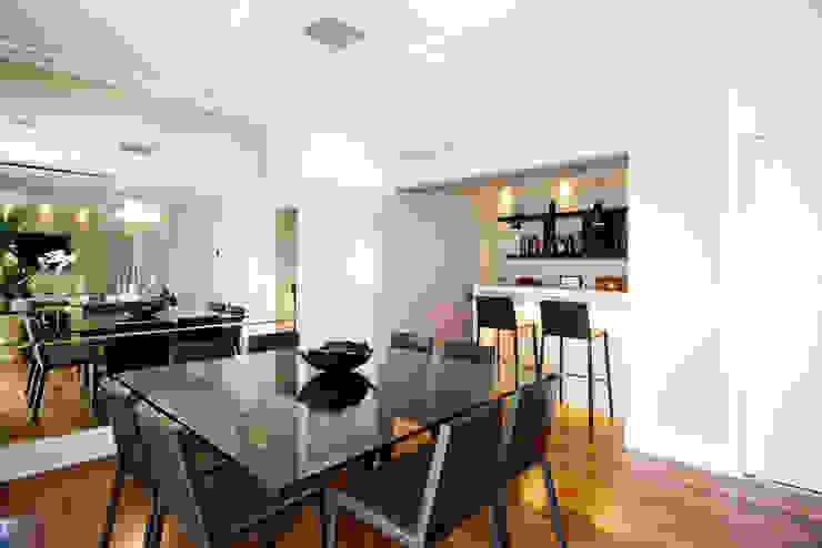 Modern Yemek Odası Cavalcante Ferraz Arquitetura / Design Modern