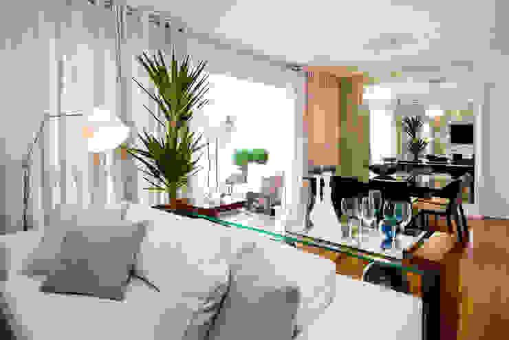 Living Salas de estar modernas por Cavalcante Ferraz Arquitetura / Design Moderno