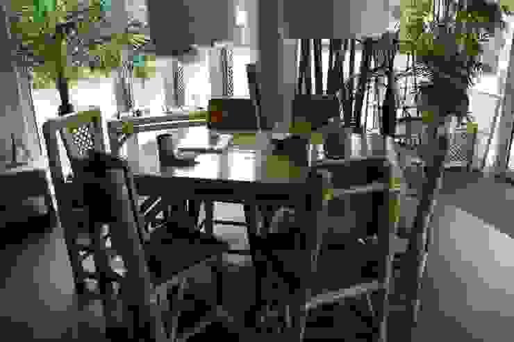 Eettafel van glad bamboe van Bamboe design Tropisch