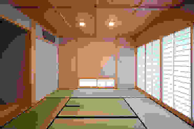 室内2 モダンな 壁&床 の LiPS DESIGN/(有)フレックス モダン