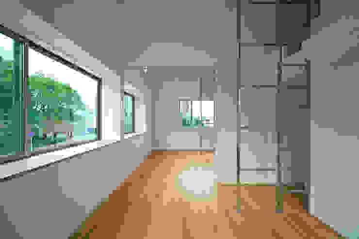 室内3 モダンな 壁&床 の LiPS DESIGN/(有)フレックス モダン