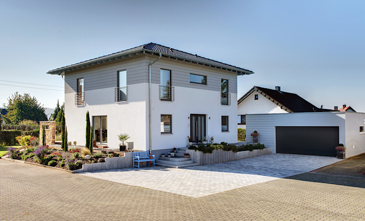 Single family home by FingerHaus GmbH - Bauunternehmen in Frankenberg (Eder), Mediterranean