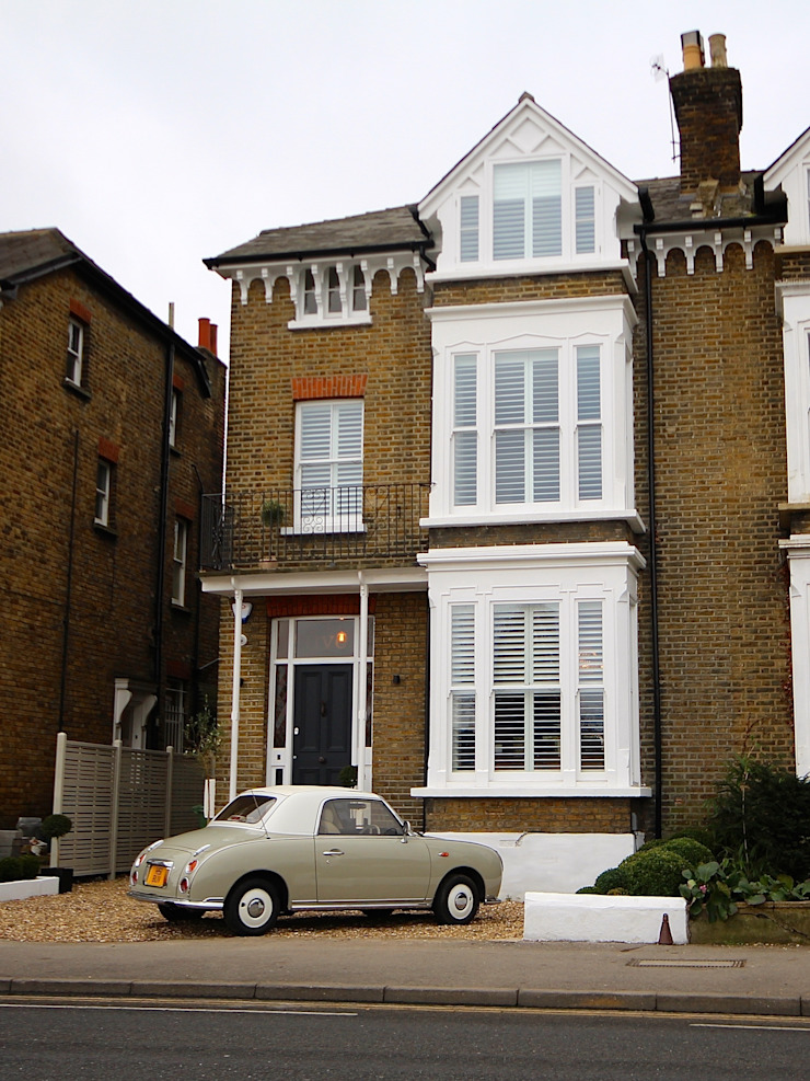 Full House Renovation with Crittall Extension, London HollandGreen Classic style houses