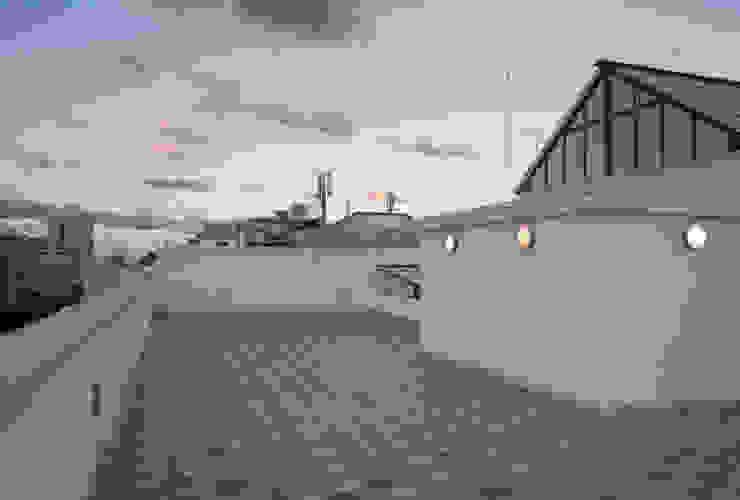 3C+M architettura Balcones y terrazas clásicos