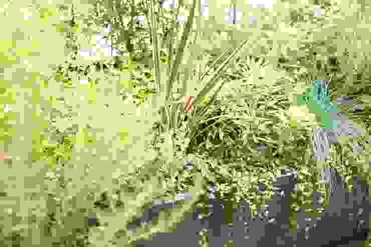 バルコニーで楽しむハーブガーデン オリジナルな 庭 の SUNIHA UNIHA(サニハユニハ) オリジナル