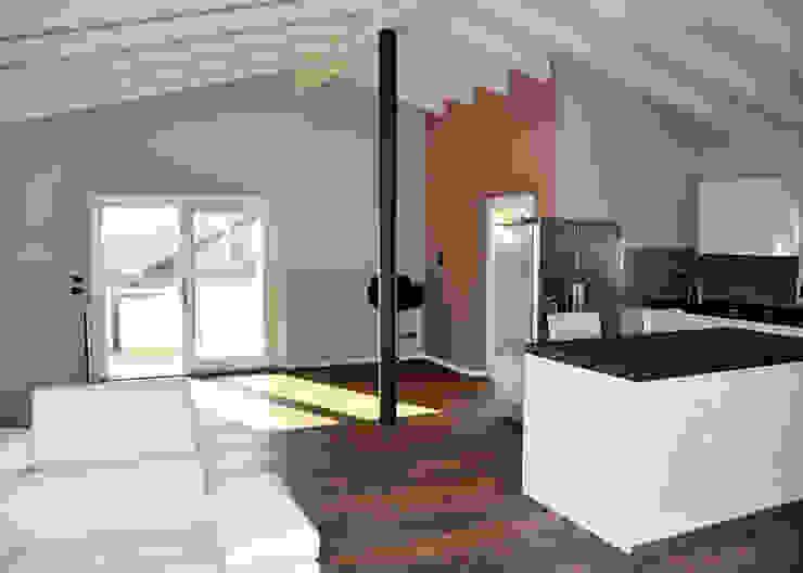 Residenza CD Soggiorno moderno di Studio Architettura Tre A Moderno