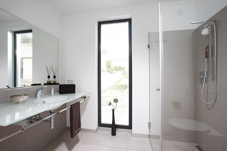 Salle de bain moderne par FingerHaus GmbH - Bauunternehmen in Frankenberg (Eder) Moderne