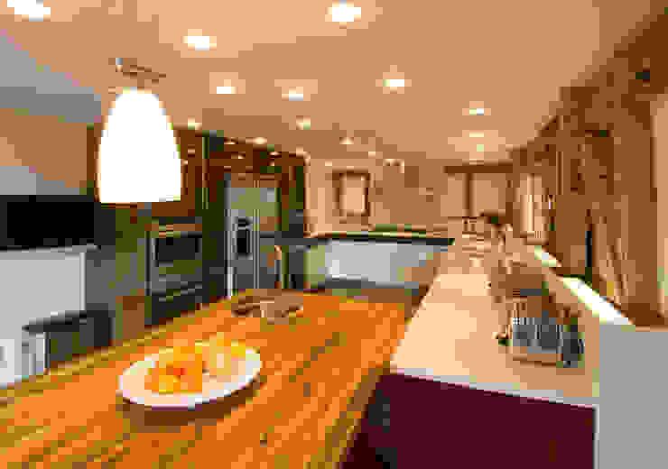 Denne Manor Barn Cozinhas modernas por Lee Evans Partnership Moderno