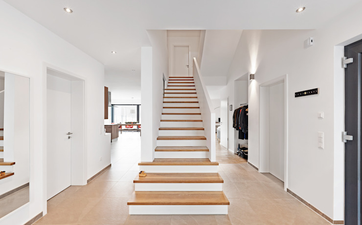 Diele / Eingangsbereich Klassischer Flur, Diele & Treppenhaus von Architektur I Stadtplanung Verhoeven Klassisch