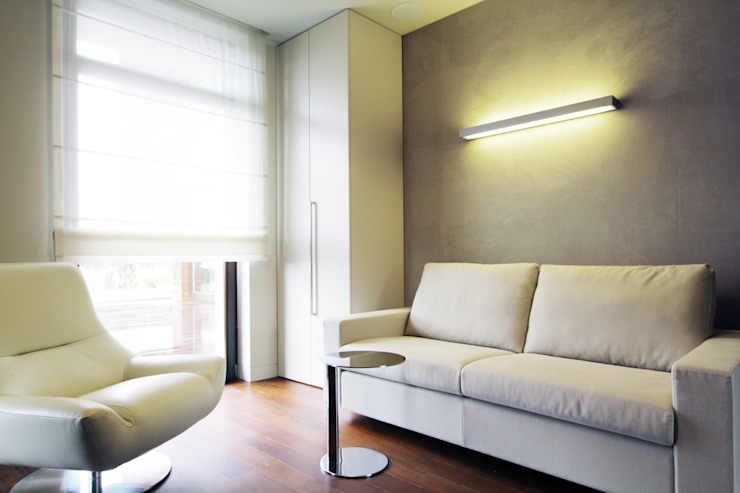 Dom jednorodzinny w Chybach Nowoczesny pokój multimedialny od Studio Nomo Nowoczesny