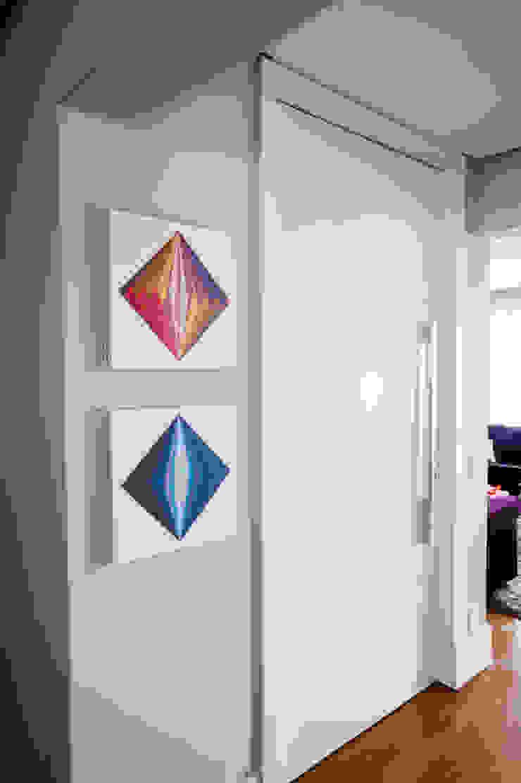 Moderne Fenster & Türen von Casa 2 Arquitetos Modern