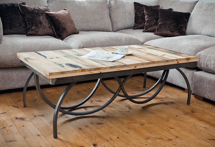 Elegance Swirl Coffee Table from Swinging Monkey Designs swinging monkey designs リビングルームサイドテーブル&トレー
