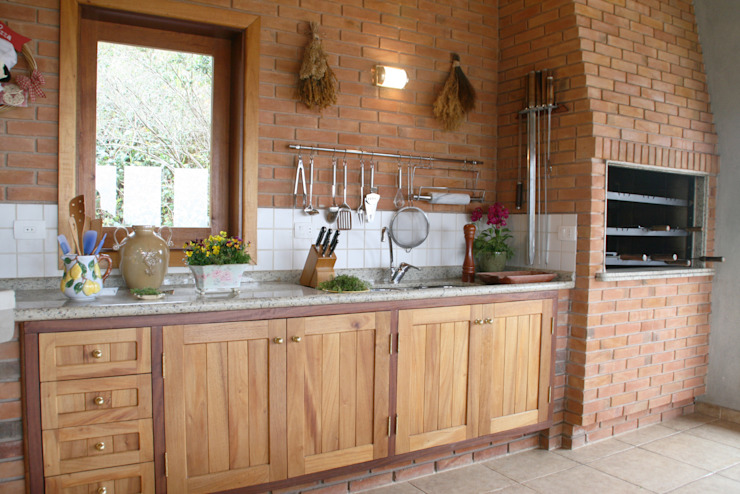 Rustic style kitchen by Liliana Zenaro Interiores Rustic