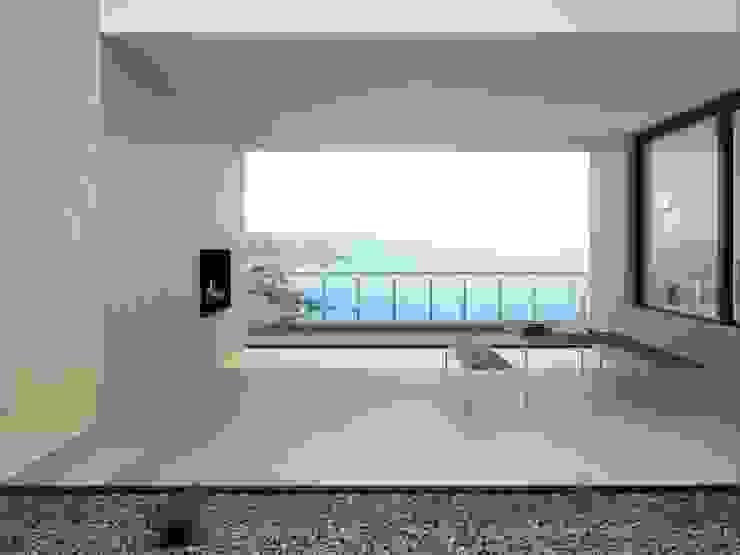 INTERAZULEJO Balkon, Beranda & Teras Gaya Mediteran