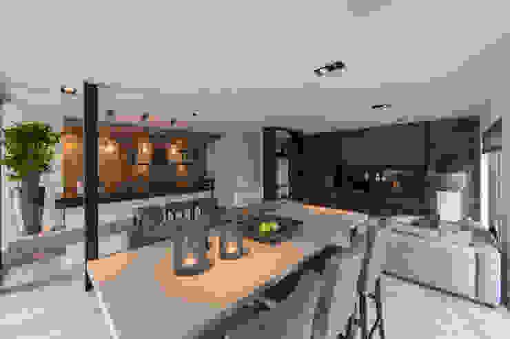 Tuin-Lounge met hoge zit Landelijke woonkamers van Medie Interieurarchitectuur Landelijk