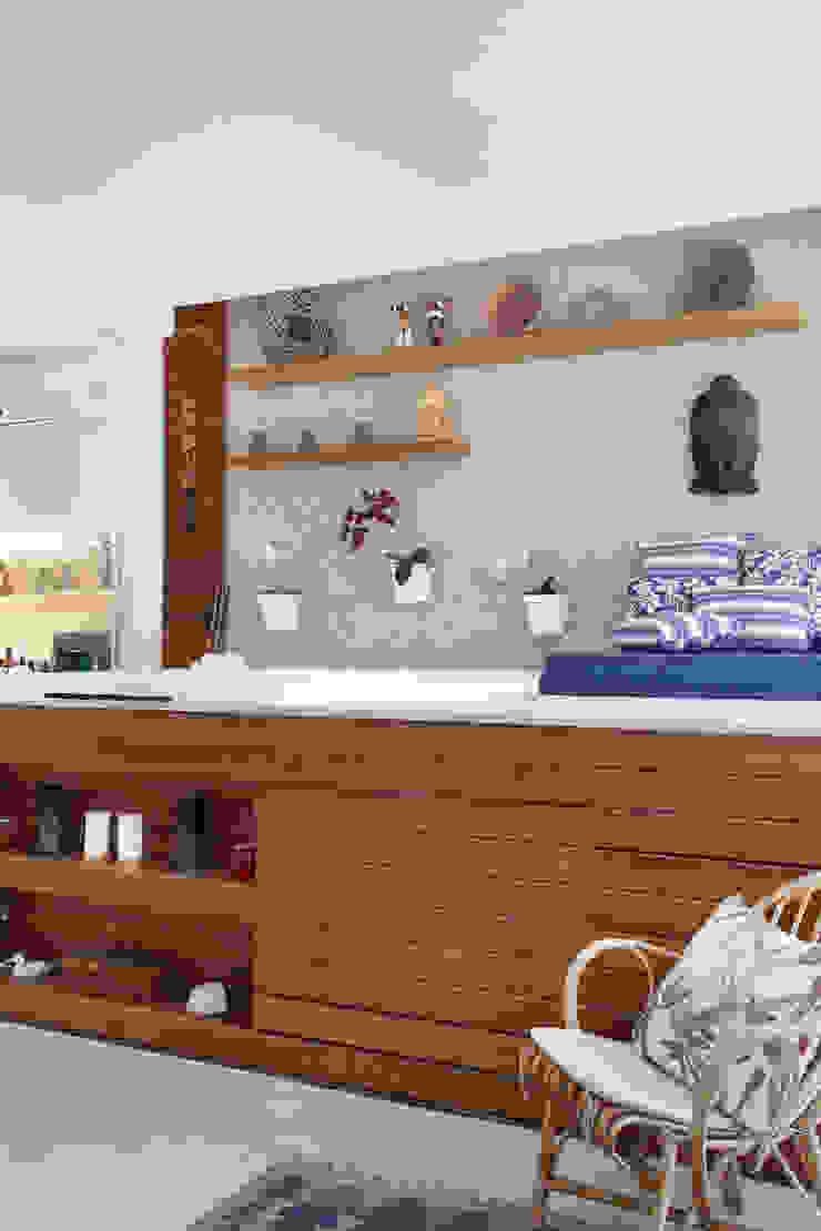 Cobertura Jardim Oceânico Spa moderno por Carolina Mendonça Projetos de Arquitetura e Interiores LTDA Moderno
