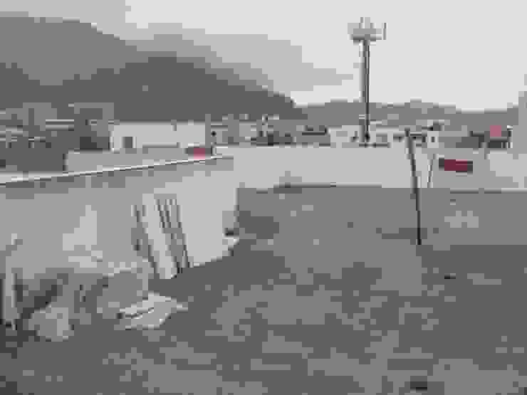 de estilo  por Carolina Mendonça Projetos de Arquitetura e Interiores LTDA, Moderno