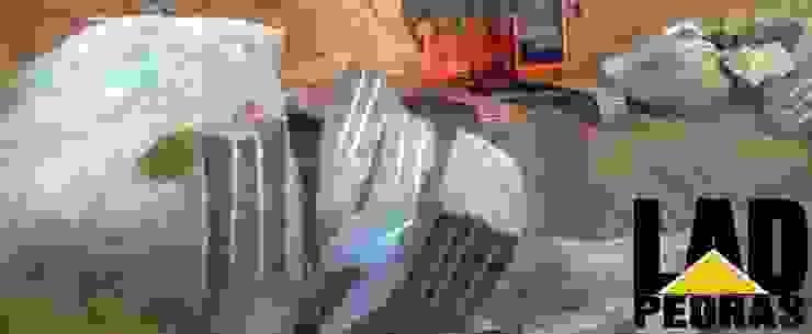 Remoção de Pedras: rustic  by LAD Pedras, Rustic
