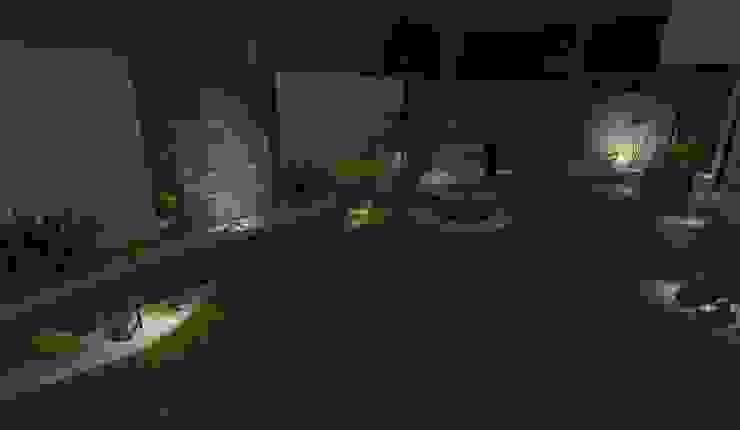diseño - iluminación de noche Zen Ambient Jardines de estilo moderno