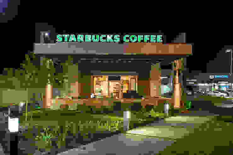 STARBUCKS COFFEE MEXICALI,MEXICO Centros comerciales de estilo moderno de Grupo HEER arquitectura + contruccion Moderno