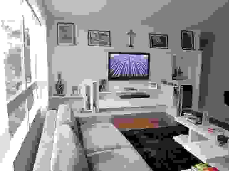 móvel para home theater por Arquitetura Juliana Fabrizzi Moderno