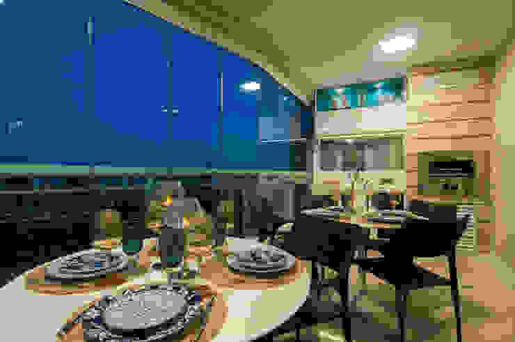 Varanda Gourmet – Tirol I Varandas, alpendres e terraços modernos por TRENNA ARQUITETURA Moderno