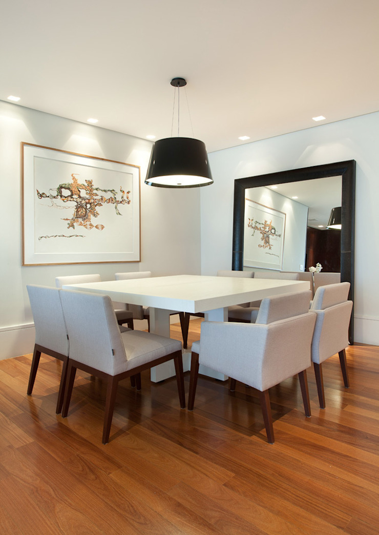 Liliana Zenaro Interiores Modern dining room Wood White