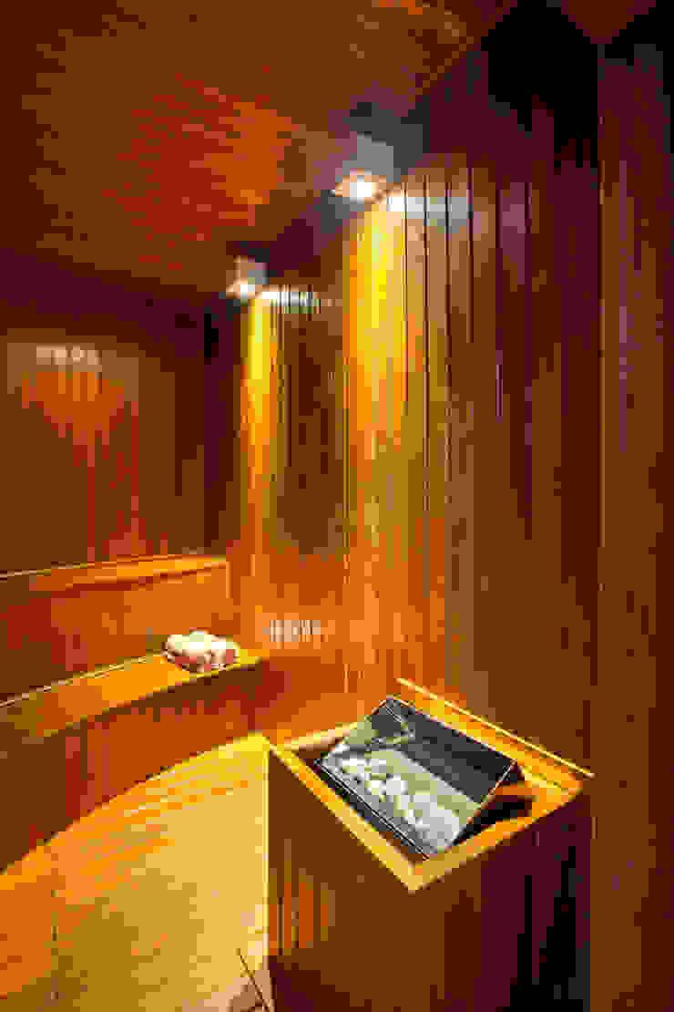 Casa Itu Spa moderno por Designer de Interiores e Paisagista Iara Kílaris Moderno