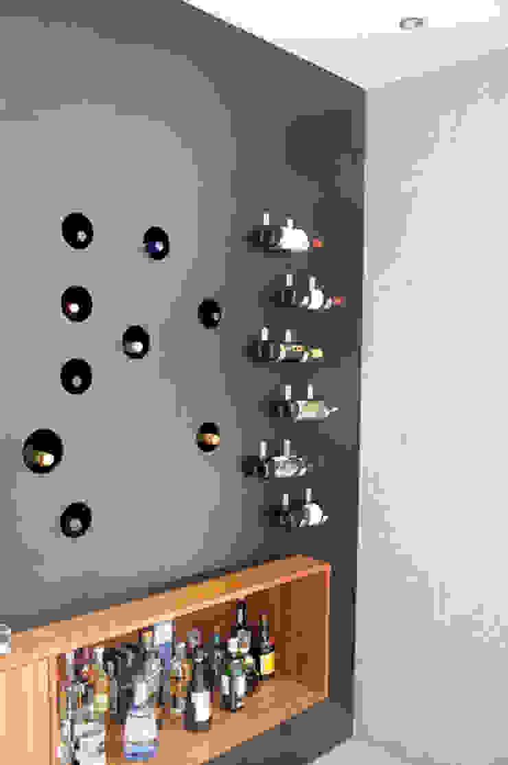 Mueble bar Salones industriales de Mediamadera Industrial Madera Acabado en madera