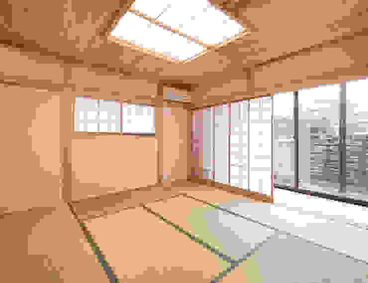 北側眺望の家 オリジナルデザインの リビング の 志賀建築設計室 オリジナル