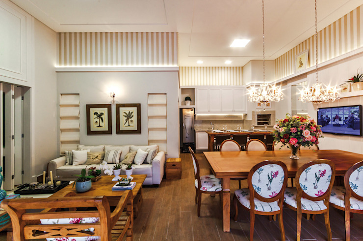 Projeto Residencial Salas de jantar clássicas por Dani Santos Arquitetura Clássico
