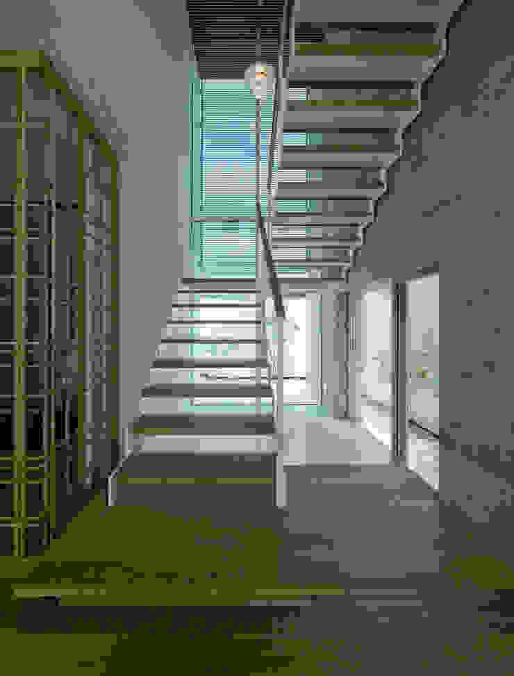 I house モダンスタイルの 玄関&廊下&階段 の ATELIER A+A モダン
