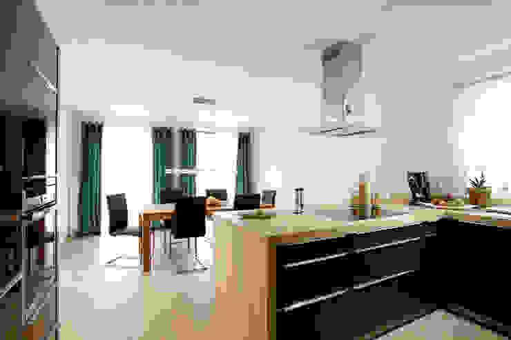 Kitchen by FingerHaus GmbH - Bauunternehmen in Frankenberg (Eder)