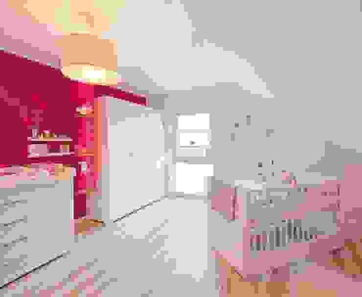 Quartos de bebê  por FingerHaus GmbH - Bauunternehmen in Frankenberg (Eder)