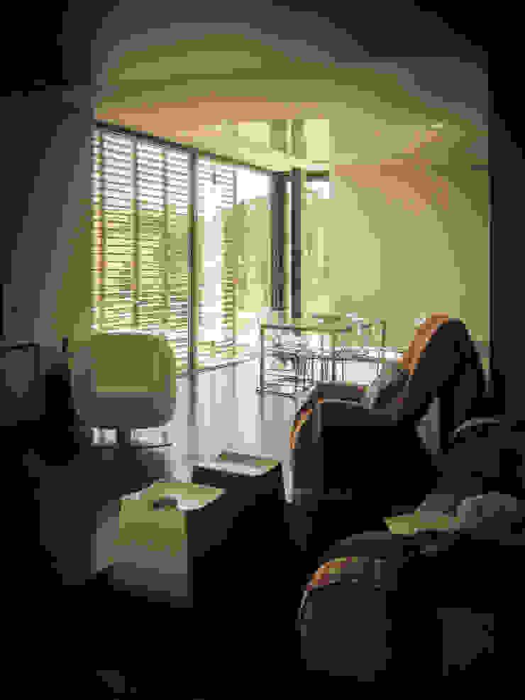 Habitação - Trancoso Salas de estar modernas por ARKIVO Moderno